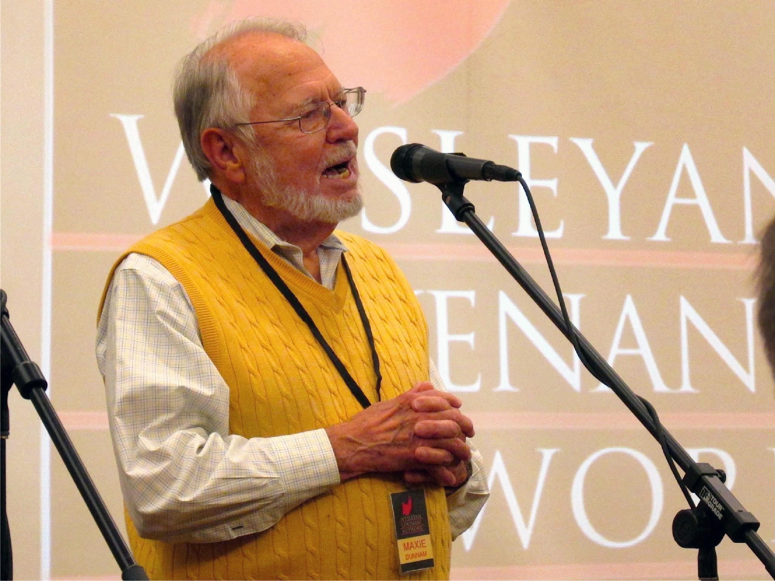 맥시 던남 목사가 2014 년 애틀랜타에서 발언하고 있다. 던남 목사는 전통주의 플랜 수정안을 작성을 주도했다.  Steve Beard / Good News Magazine의 사진.