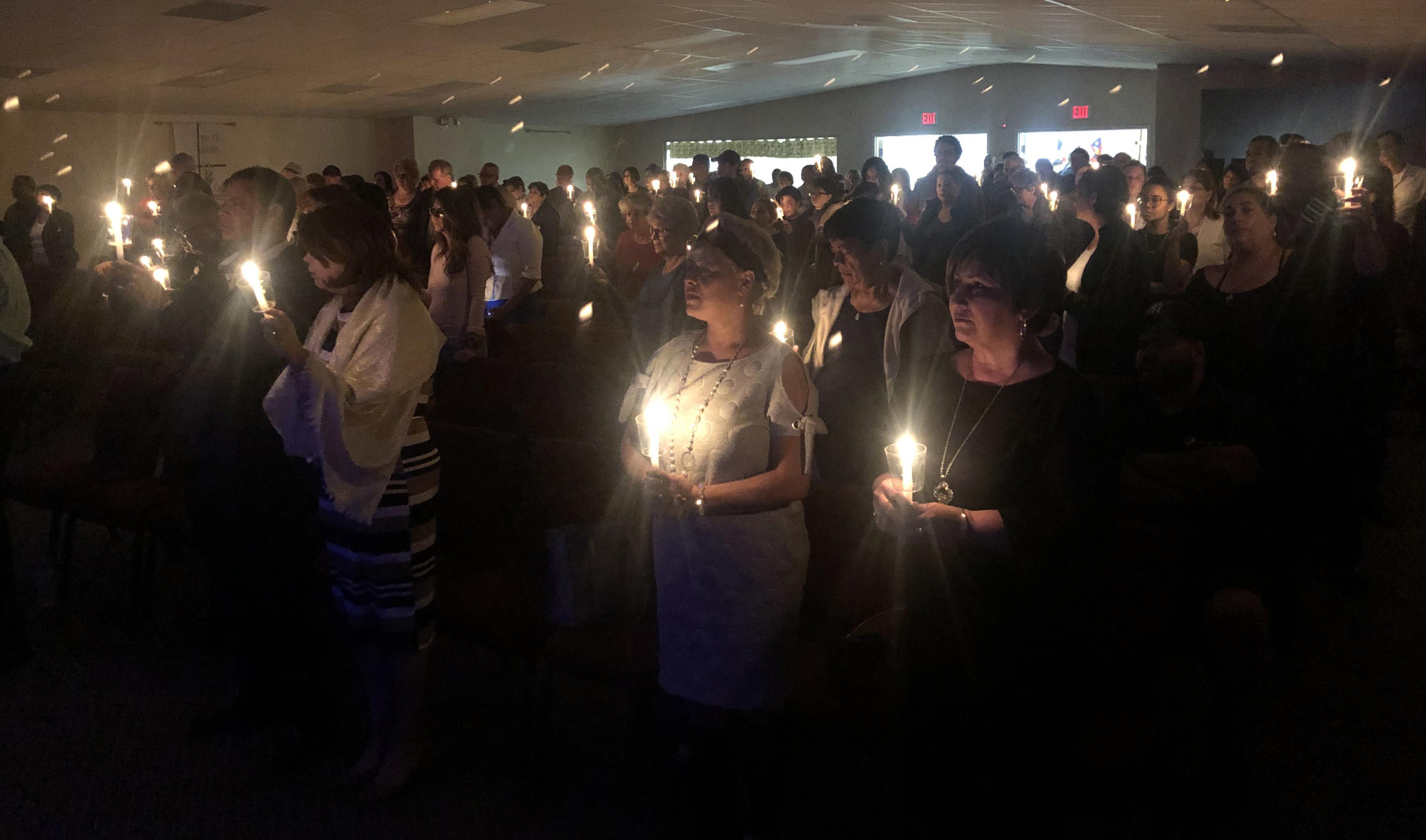 """Cerca de 200 personas se reunieron en vigilia el pasado 24 de enero en la Iglesia Metodista Unida Nuevo Pacto en Sebring, estado de Florida, para recordar a Marisol López. Foto de Juan A. Maldonado para el SMUN""""."""
