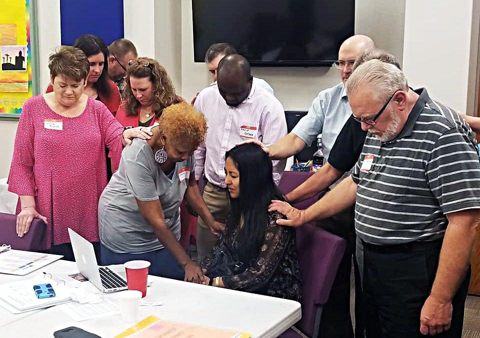 Mendez, de 29 años, vive actualmente en Dardanelle, Arkansas. Ella se desempeña como líder de adoración y ayuda con los jóvenes en Dardanelle First UMC. Foto Conferencia Anual de Arkansas.