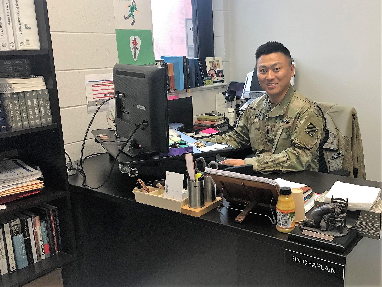 미 육군 3사단 소속 부대에서 군목으로 사역하고 있는 이두수 목사, 사진 제공 이두수 목사.