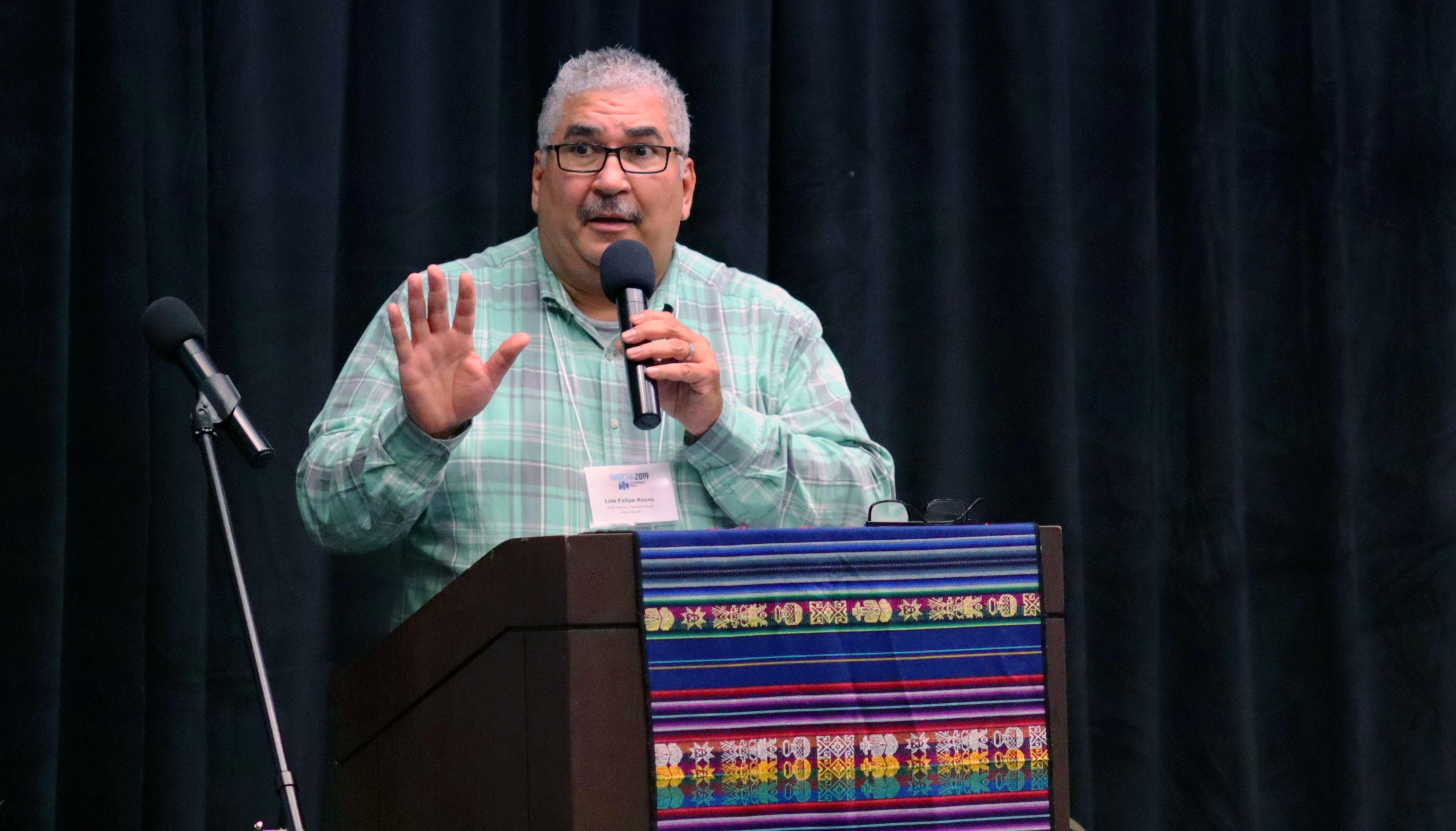 Rev. Luis Felipe Reyes, Pastor principal de la Primera Iglesia Metodista Unida de Lambard en Illinois. Foto: Michelle Maldonado, UMCOM.