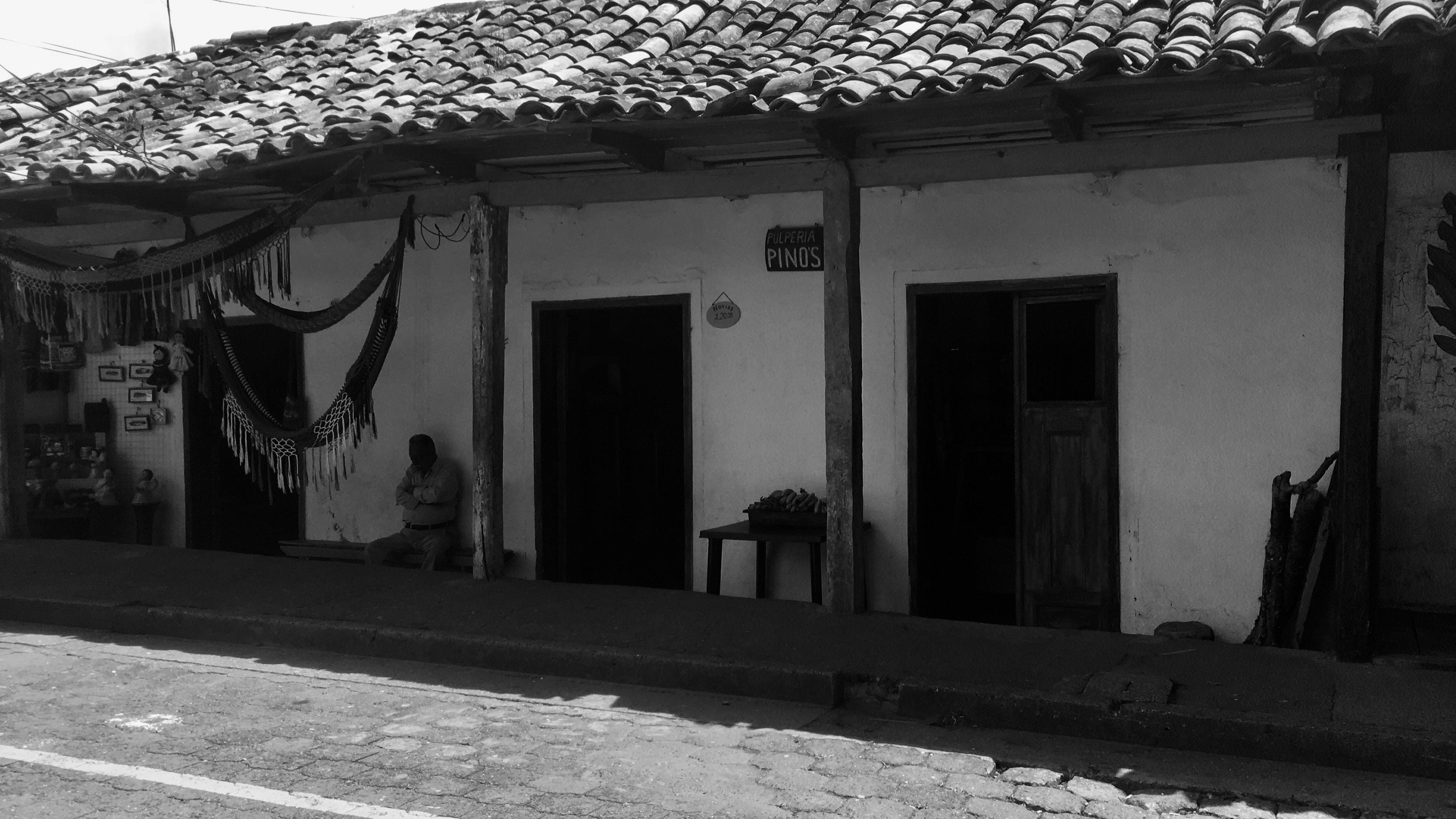 A pulperia (mercearia rural) em Valle de Angeles, Honduras. Foto: Osias Segura-Guzmán