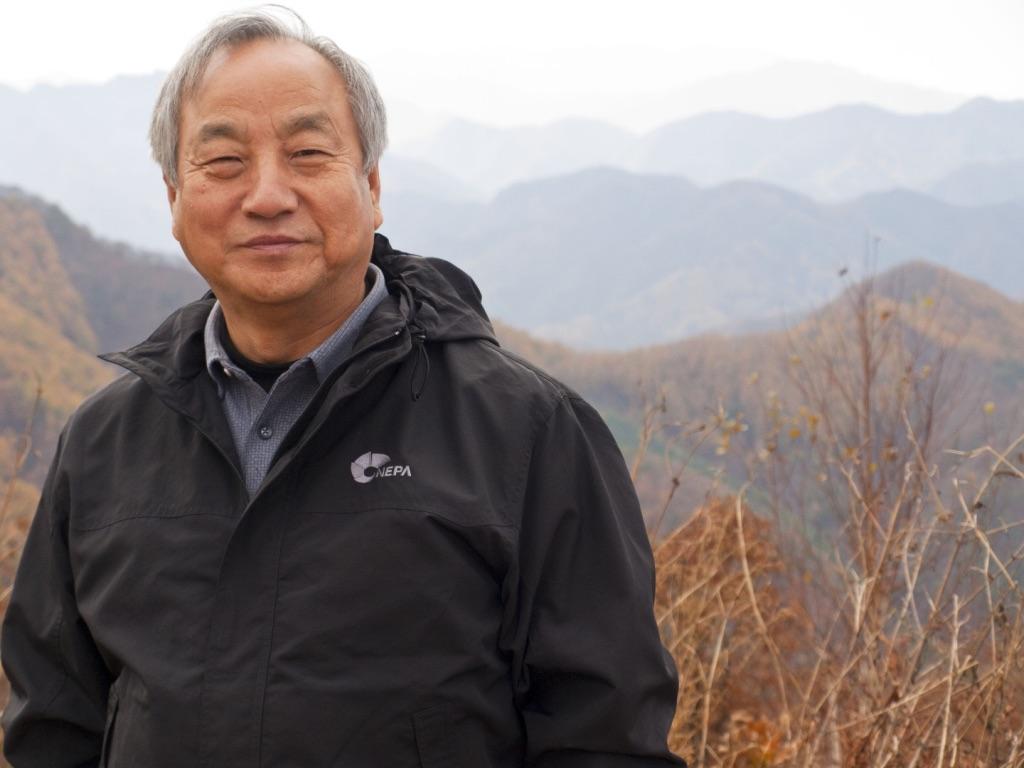 정희수 감독이 안식 학기 중 방문한 한국의 고려산에서