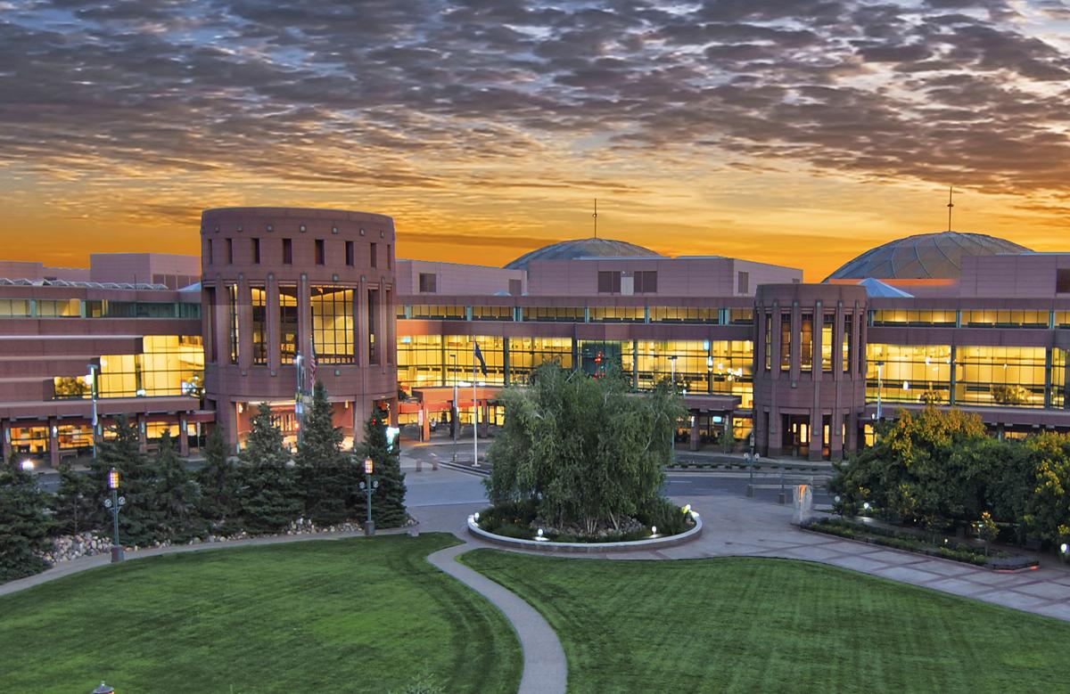 O Centro de Convenções de Minneapolis - programado para sediar a Conferência Geral de 2020 - anunciou que agora está cancelando reuniões de 50 ou mais pessoas até 10 de maio. A decisão ocorre quando os organizadores da Associação Geral já estavam considerando adiar. Foto de Dan Anderson, cortesia do Meet Minneapolis e do Minneapolis Convention Center.